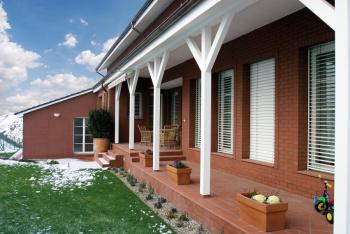 Venkovní dlažba zatraktivní bezesporu prostor kolem každého domu