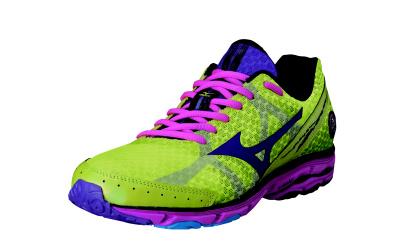Běhat byste měla ve speciální obuvi určené pro běh.