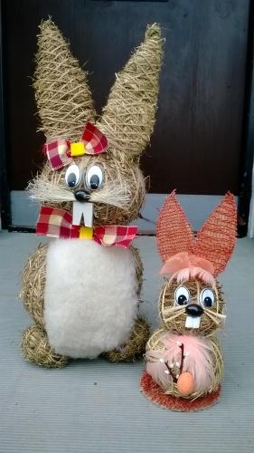 A co si do domu pustit zajíčky? Ne však živé, ale třeba tyto, jež můžete vidět na fotografii. Se zajíčky bude doma hned veseleji.
