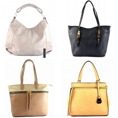 zleva: šedá kabelka Angelique (cena: 639 Kč), černá kabelka Favell (cena: 639 Kč), hnědá kabelka Lena (cena: 729 Kč), hnědá kabelka Deborah (cena: 699 )Kč